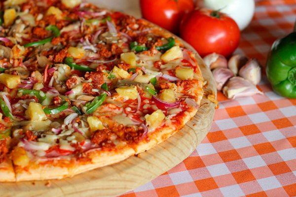 Kokosová chrumkavá pizza